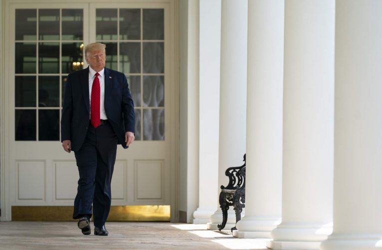 Trump leaves the White House