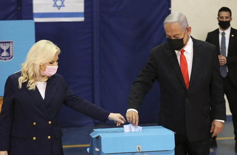Israel election: PM Netanyahu short of majority as vote count ends