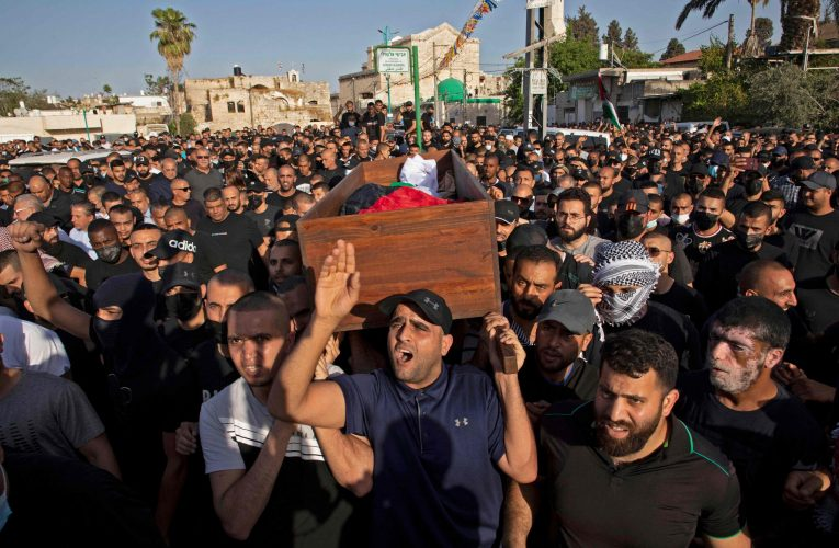 Fighting rages in Israel and Gaza