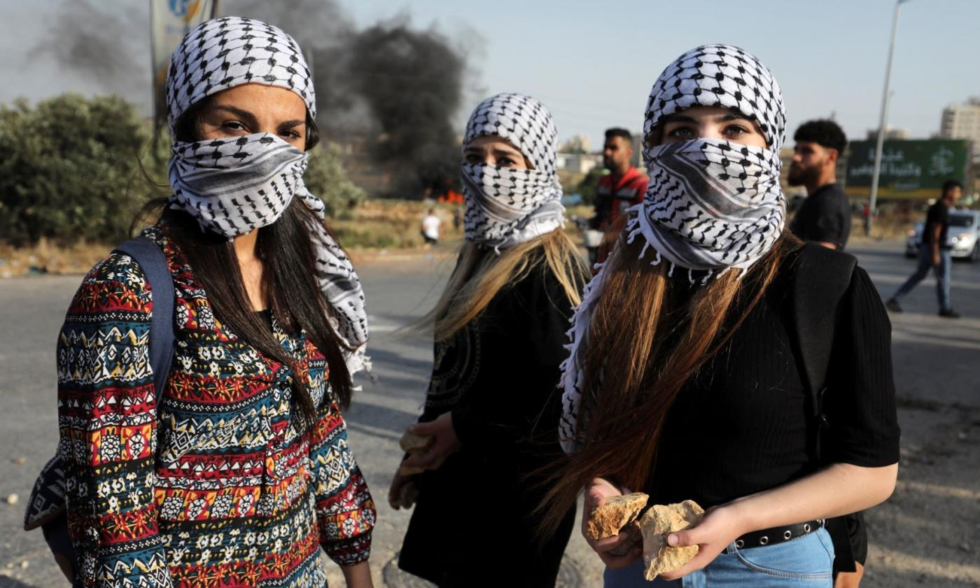 The Palestinian keffiyeh: All you need to know about its origins