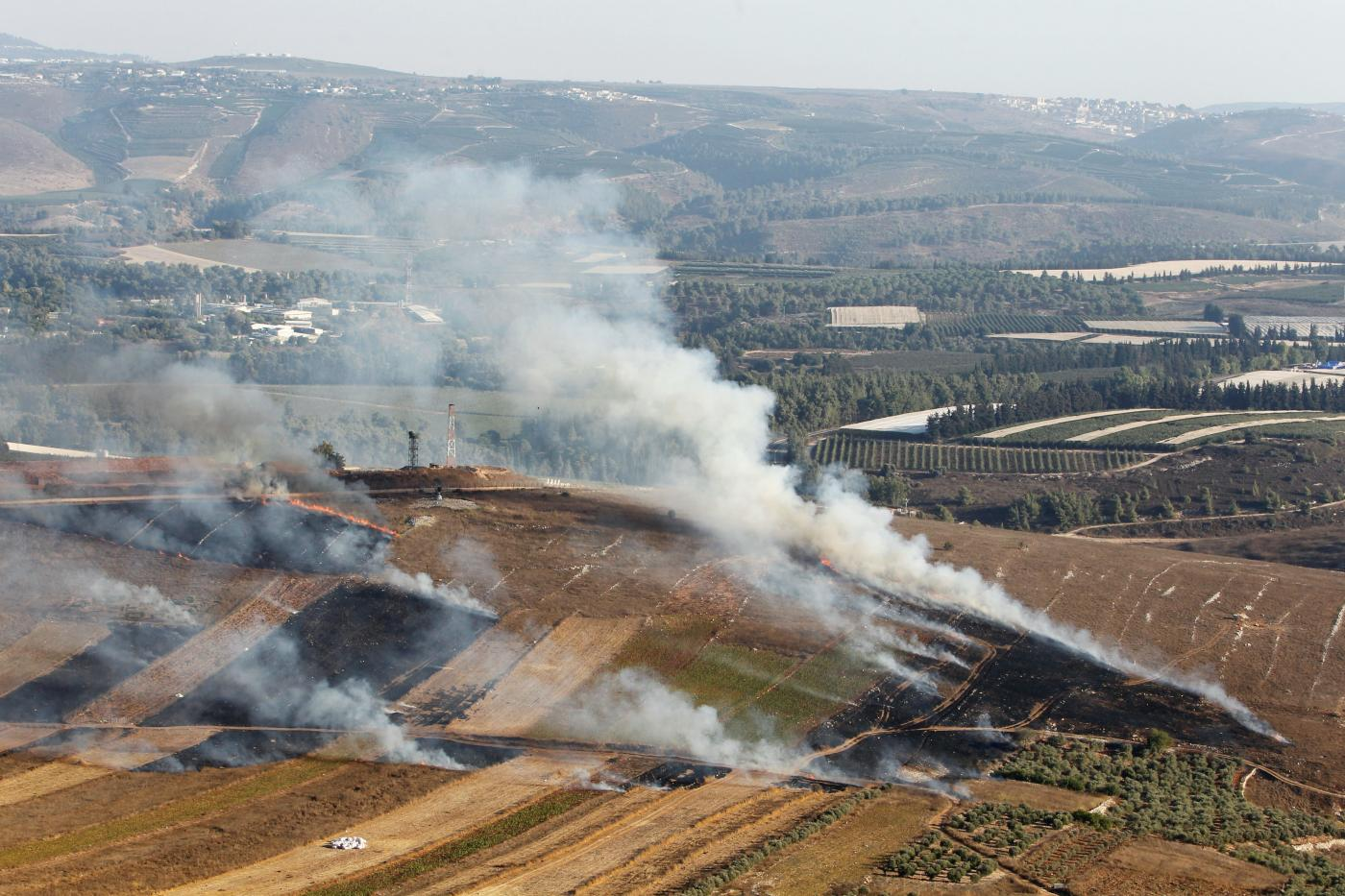 Israel bombs the border area in southern Lebanon