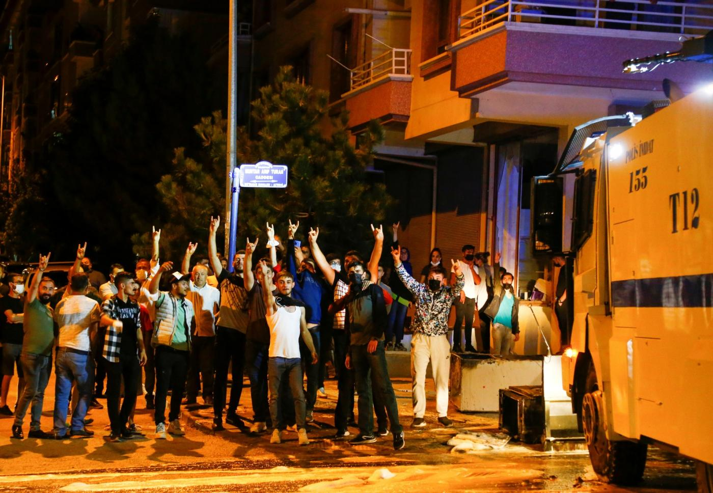 Death of a man allegedly at the hands of Syrians triggers riots in Ankara